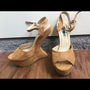 Size 7/8 heal-less tan suede heals